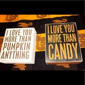 Halloween /Fall Signs self standing set of 2 NEW
